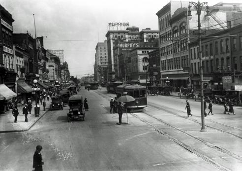 Broad Street looking east, Richmond, 1924