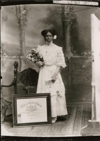Leonie Helen Holmes photograph