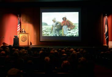 Beth O'Leary gives Banner Lecture about Winslow Homer