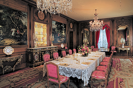 Dining Room at Hillwood (Image courtesy Hillwood Estate, Museum and Gardens)