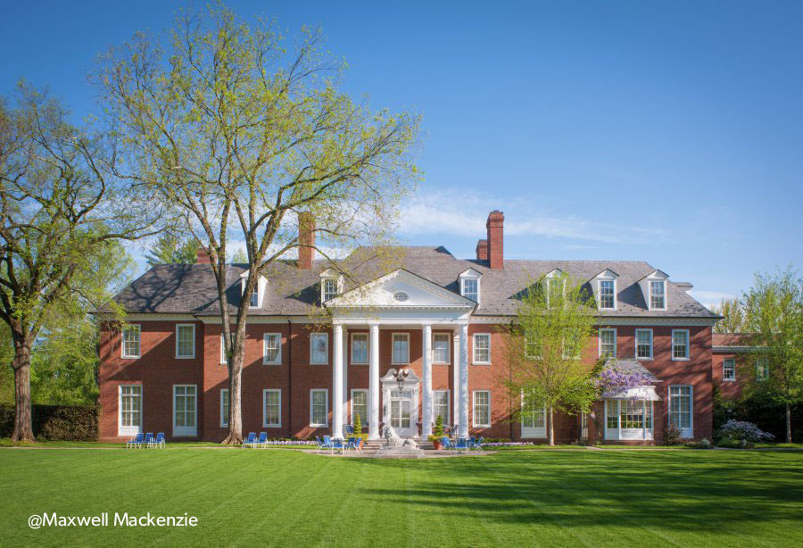 View of Hillwood © Maxwell MacKenzie 2014 (Image courtesy Hillwood Estate, Museum and Gardens)