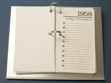 Reynolds Aluminum Desk Calendar