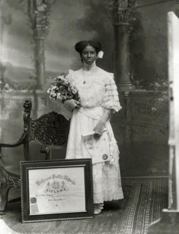Leonie Helen Holmes, Richmond, 1911