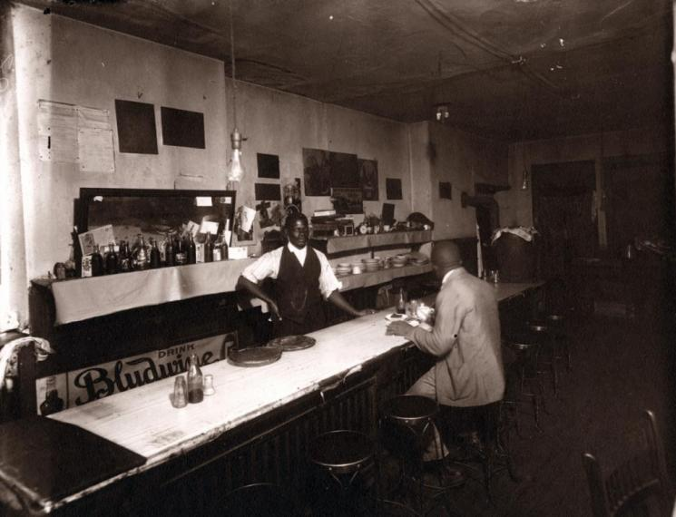 Café, Norfolk, 1919