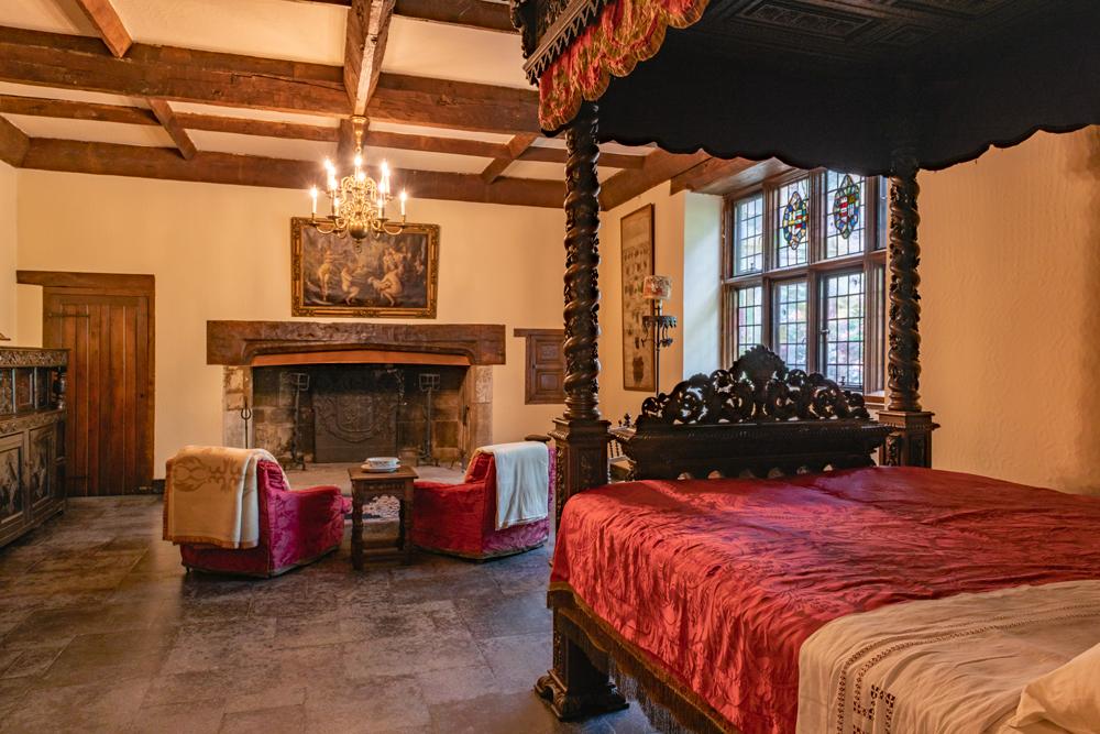 Sulgrave Bedroom